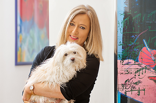 Bettina Bauer mit Hund 0617 500x333pix